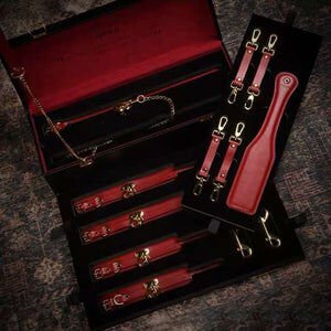 High End BDSM Leather Set - Cum Splash